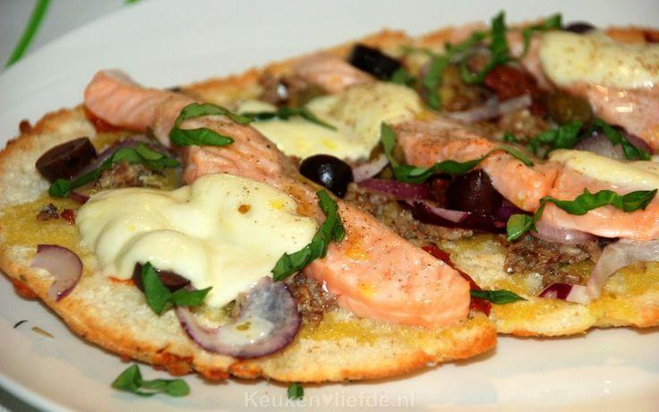 Focaccia met verse zalm en mozzarella - Keuken♥Liefde