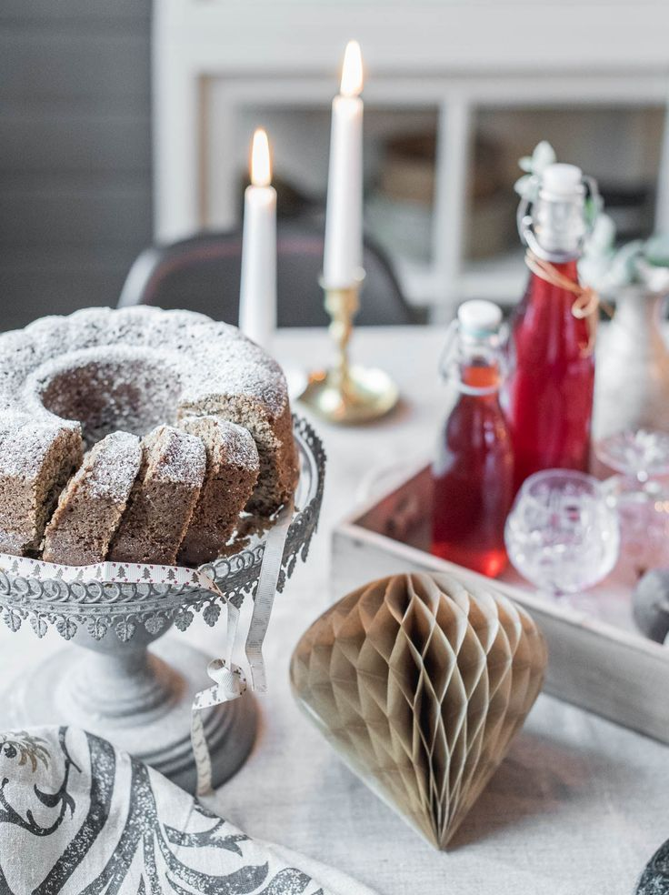 Christmastable, bundt cake  Christmasinspiration  Foodstyling made by Hanna Juhala, photoshooting by LEMPIvisions.  www.lempivisions.com