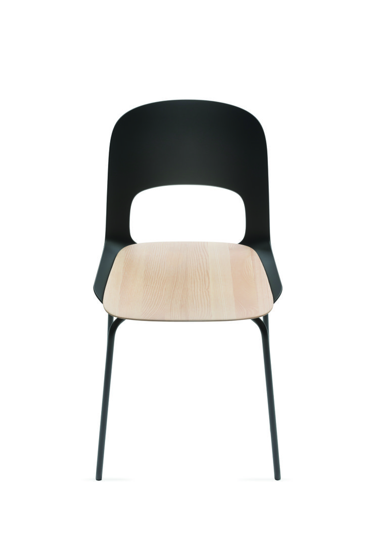 CORA chair designed by Odo Fioravanti for Pianca