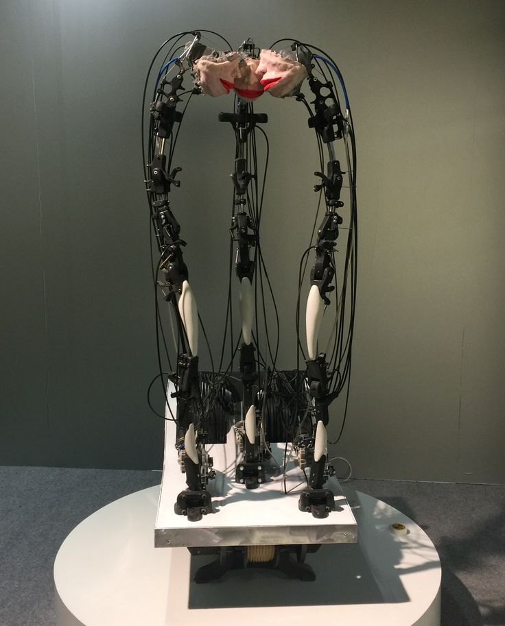#sculpture #movement #sound #choir #contemporaryart #contemporaryistanbul2015 #ci # kineticart #serverdemirtas #mercure