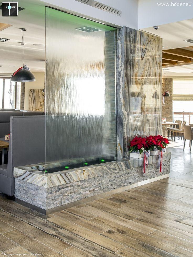 Efektowna ściana działowa z marmuru #marble #interior
