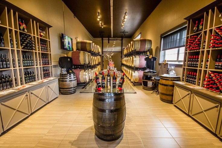 Exploring the wonderful wineries in Wolfville, Nova Scotia via @globeguide