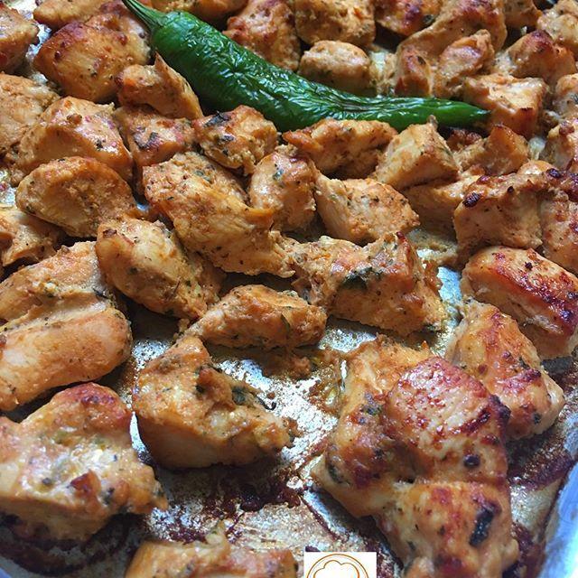 طريقة عمل شيش طاووق بالفرن Shish Tawouk In The Oven Middle East Recipes Recipes Food