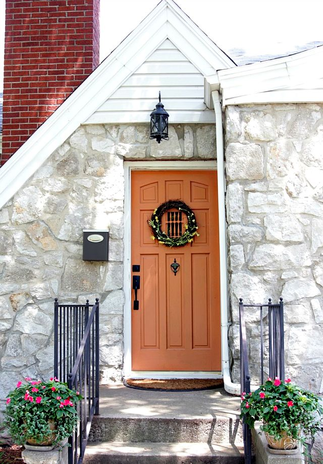 Picking paint can be intimidating, but here is a researched round-up of 18 gorgeous paint colors for your front door.