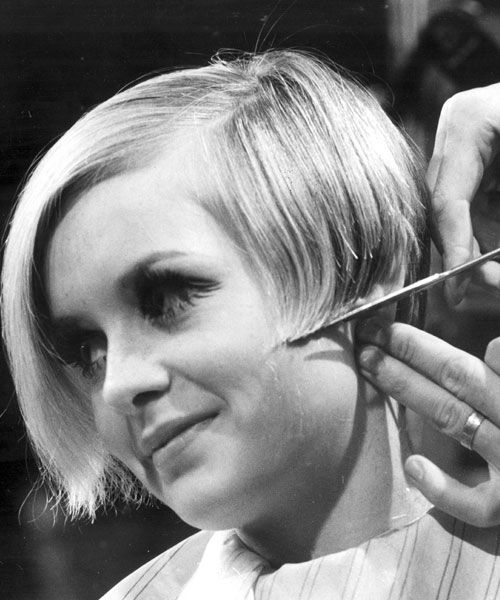 Hairstyles By Decade : 1960s Beehive Hairstyle Which Decade Had The Most Stylish Hairstyles ...