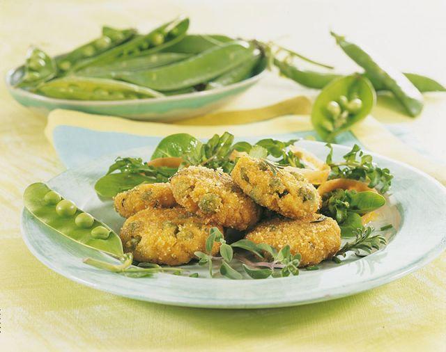 Polpettine di tofu e piselli. Ricetta di Carla Barzanò. Tratta dalla rivista Cucina Naturale.