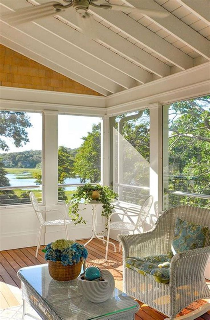30 Perfect Screened Porch Design And Decorating Ideas For 2019 Decorating Design Ideas Screened Porch Designs Porch Design House With Porch