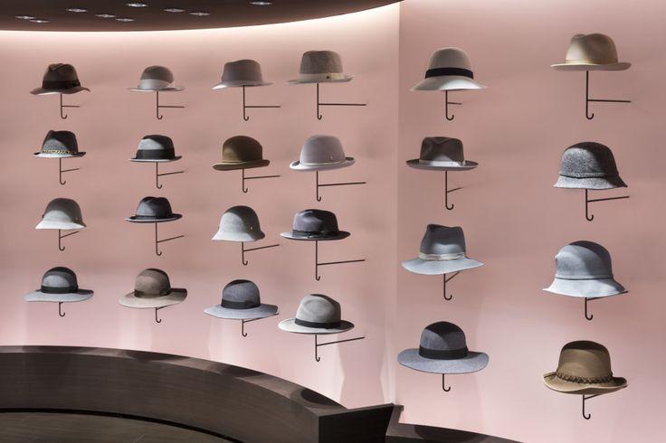 Retail : Vendre des chapeaux comme des parapluies par NENDO - Blog Esprit Design