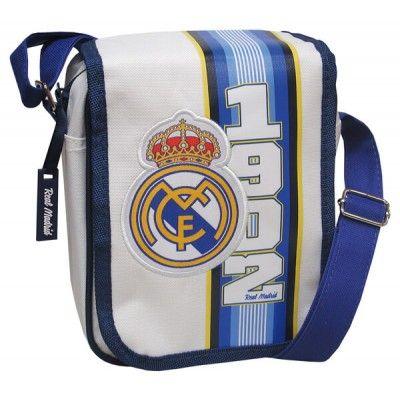 Bandolera Real Madrid con solapa  Bolso con cierre de cremallera y correa ajustable en altura  Solapa decorada con el escudo del club  Dimensiones: 19 x 6 x 21 cm  Producto oficial Real Madrid  Fabricado por CyP