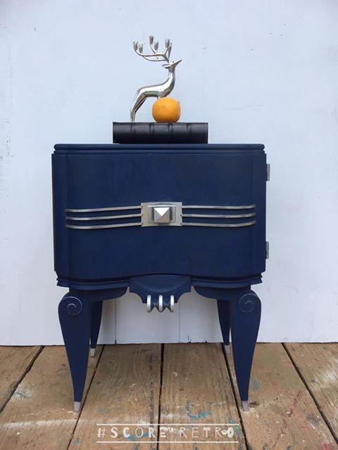 Jaeyne Eldridge Used Bunker Hill Blue And Clear Best Dang Wax.