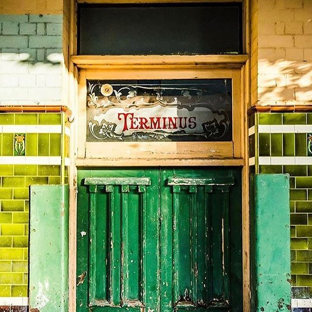 30 years after the last beer was poured at The Terminus Hotel, this famously forgotten Pyrmont pub is coming back to life in 2017. We can't wait to see what's been happening behind closed doors! 📷 @lostc0llective #terminusreno ( #📷 @terminus