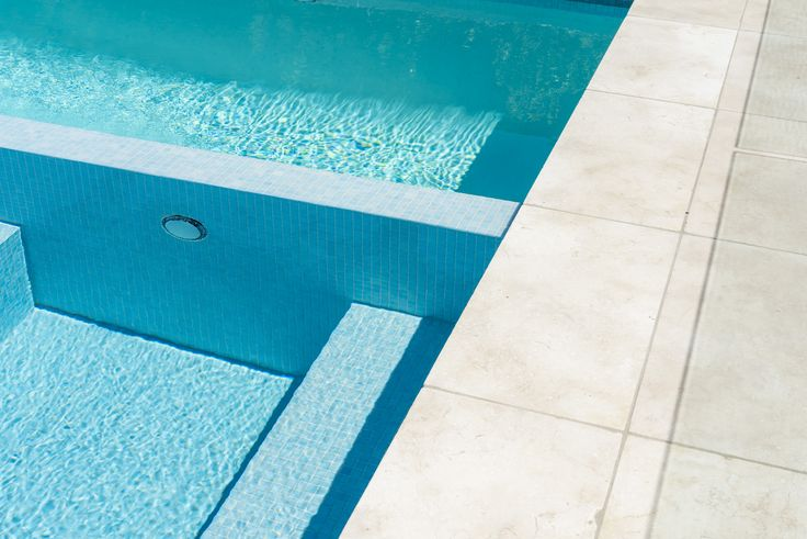 Amber Tiles Kellyville: Amber exclusive pool mosaic - Tahiti. Limestone Capbreton pool surround #poolinspiration #mosaic #ambertiles