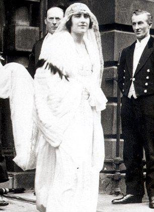 1396 best Queen Elizabeth the Queen Mother images on ...
