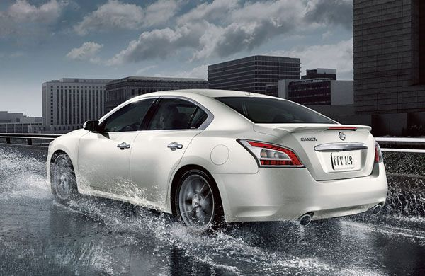 2014 Nissan Maxima More Attractive Design and Full Sized Sedan – Review