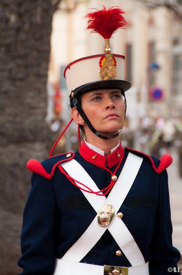 Spanish Army gunner