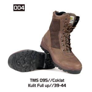 Sepatu Gunung Hiking Pria [TMS 095] (Brand Trekking) Produk Bandung