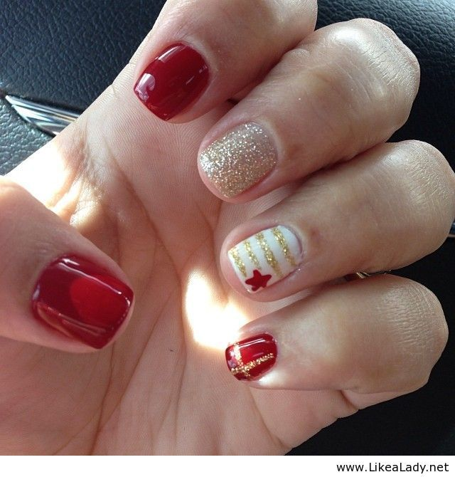 Red nails and gold accents @Amanda Mayer dooo these for me