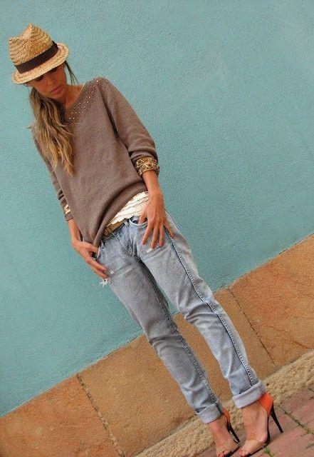 Love a boyfriend jean with heels. hat