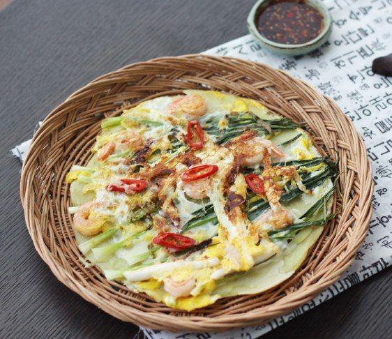 (Хемуль Паджон) - Корейский блин с луком и морепродуктами