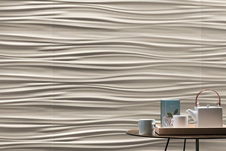 """Da oggi nel negozio online la Serie Atlas Concorde 3D Wall Design """"3D Ribbon Sand Matt 80"""" 40 x 80 Corpose e dense ondulazioni tridimensionali ricordano soffici drappeggi, chiari e luminosi,animati dai chiaroscuri che ne accentuano il rilievo. I rivestimenti ceramici tridimensionali ispirati a onde morbide e piene creano pareti scenografiche dall'andamento sinuoso che regalano un accento di originalità e dinamismo ad ambienti dallo stile ricercato."""