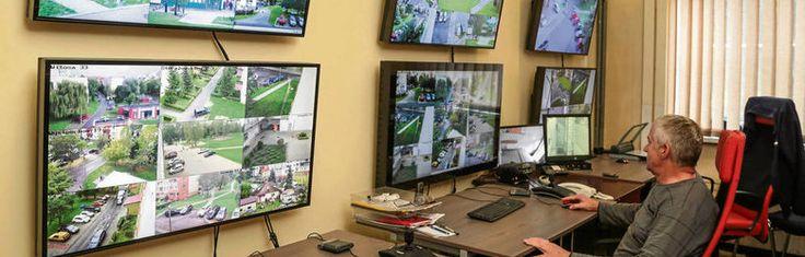 Mieszkańcy chcą kamer, a nowego monitoringu jak nie było, tak nie ma http://www.dziennikpolski24.pl/artykul/3767943,mieszkancy-chca-kamer-a-nowego-monitoringu-jak-nie-bylo-tak-nie-ma,id,t.html?cookie=1