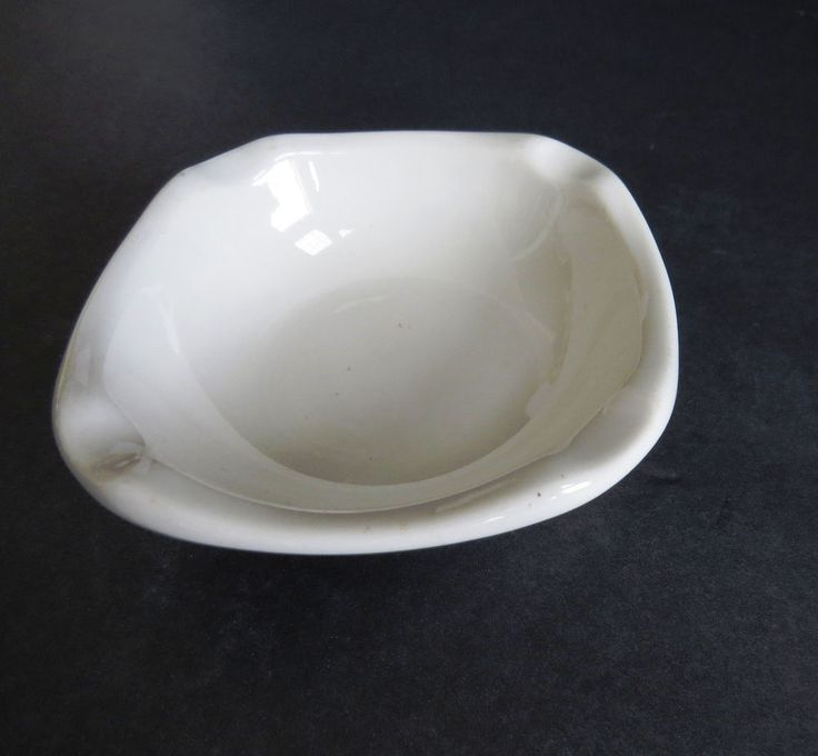 Syracuse China Ashtray - Small White Cigarette Pipe Holder Restaurant Ware 1971 #Syracuse