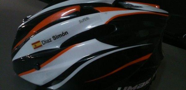Casco de bici personalizado con Stickerizate