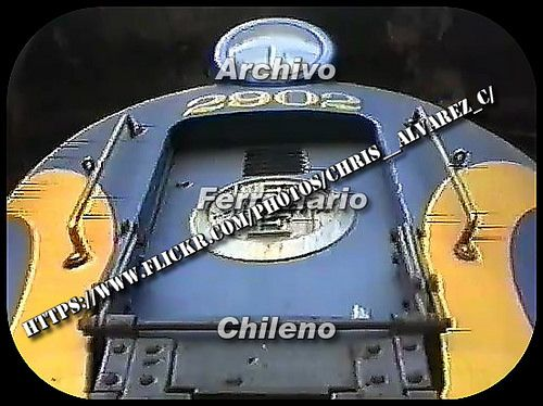 "https://flic.kr/p/qxjv5m   ""Golden Snake"" Heavy Electric Locomotive   ""Golden Snake""  Double-Ended Heavy Electric  Passenger Locomotive class 29. Chilean Railways. Unit 2902 at earlier dates his scrapped."