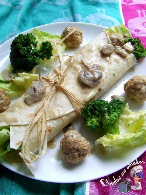 http://www.obados-na-obiados.com/2013/09/tortilla-z-pulpecikami-i-brokuem.html