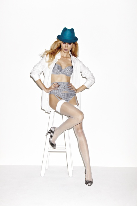 Fall|Winter 2012 - Gloria Gris Pied de Poule  Bras from € 87.95 Bottoms from € 39.95