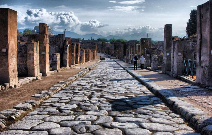 Top tours & things to do in Italy with Tourboks!