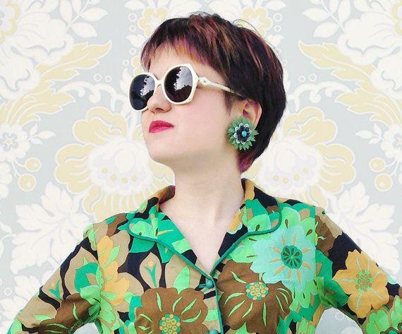 Vintage Silhouette Sunglasses / Geometric shaped sunglasses / glitter white mother of pearl effect frames / studded spect by Skomoroki