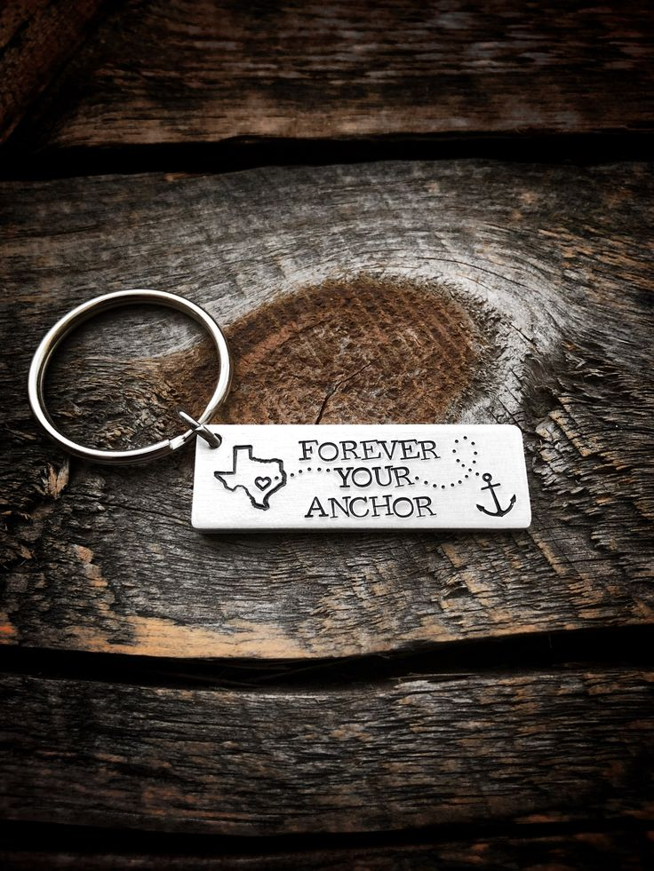 Long Distance Boyfriend Gift, Long Distance Keychain, Going Away Gift, State Keychain, Moving Away Gift, Long Distance Couple, Gift For Him