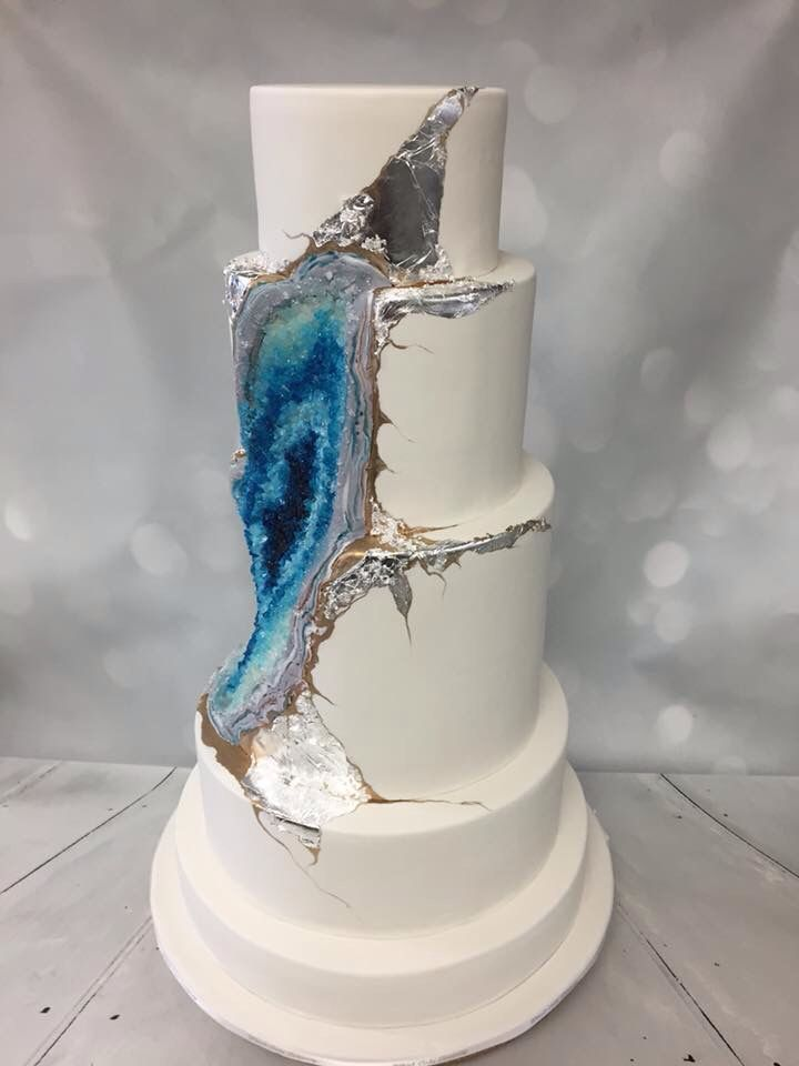 209 Best Geode Cakes Images On Pinterest Geode Cake