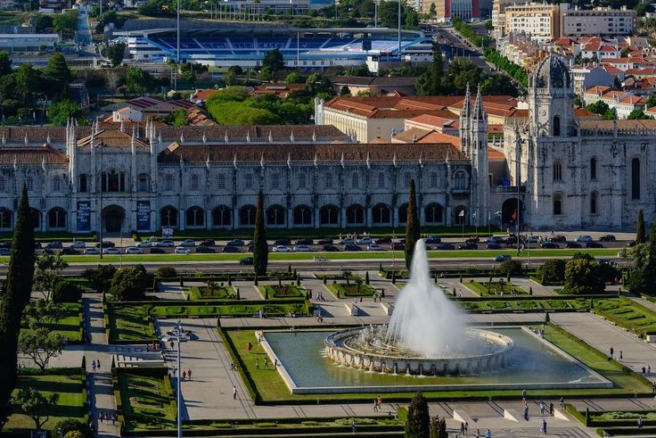 12 reasons why you should never travel to Lisbon - via Matador Network 26.05.2015 | #lisbon #lisboa #portugal #travel Photo: #5. Visit Belem, the monuments, the cultural center? What for? They look the same as in other countries in Europe.