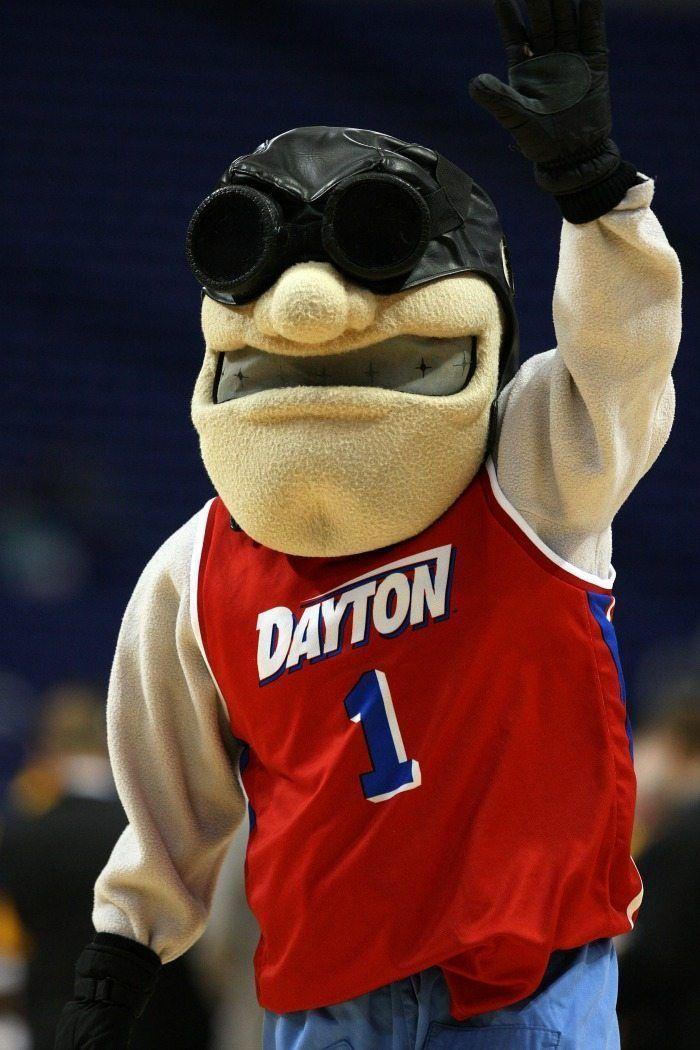 Universidad de Dayton Flyers Mascota - Mascota del Lunes 2