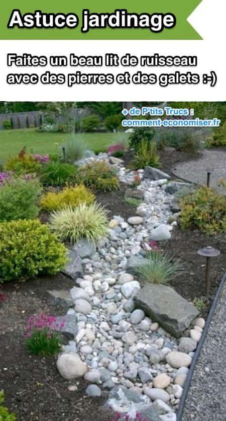 L'astuce de jardin pour un drainage amélioré est d'utiliser des pierres et des galets pour faire un lit de ruisseau.