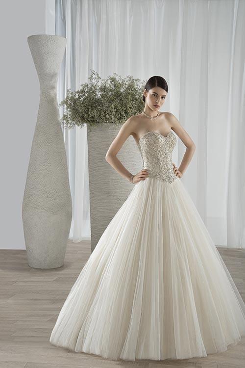 Balletts Bridal - 23336 - Wedding Gown by Demetrios - Demetrios WG 584 - tulle ballgown sweetheart neckline shimmering bodice crystal basque waist  lace up chapel train