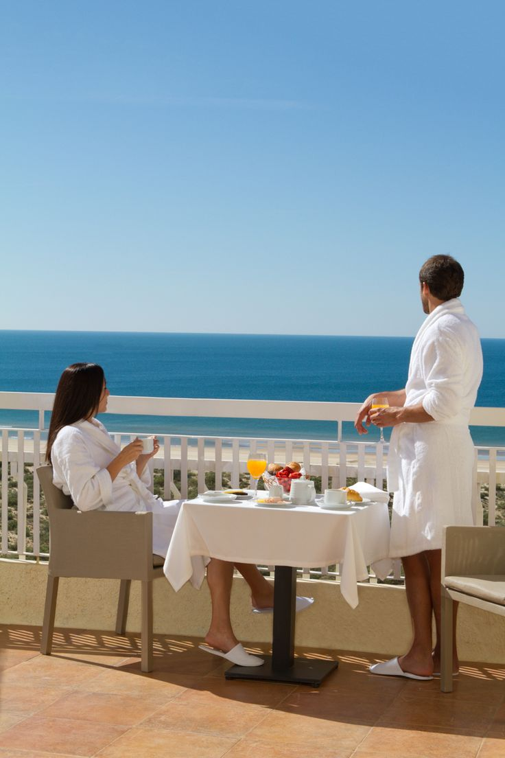All 135 rooms and suites at the Eurotel Altura have a balcony with a view of Altura beach, the gardens and the pool.