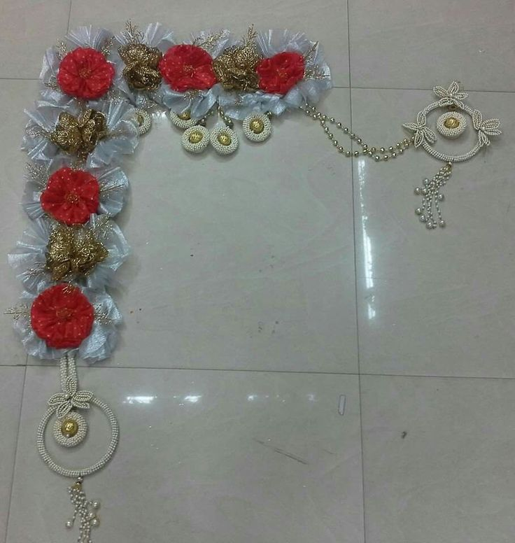 Pin by pratima on toran pinterest diwali craft and for Door entrance rangoli designs