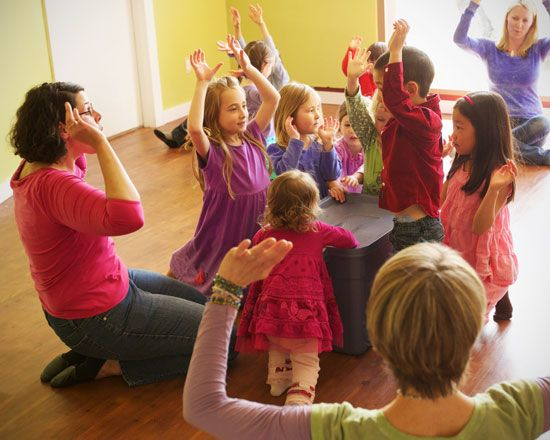 COME TO FREE DEMO Classes for children (ages 0 - 4 years old ) Music Together® at EVOLUTION ENRICHMENT CENTER:   Wednesday, February 11th at 11:00 AM and Tuesday, February 17th at 4:00 PM  Music Together® is the worldwide leader in early childhood music education programs since 1987.   Teachers will guide kids through 45 minutes of music immersion and help them recognize the milestones of their musical journey.  RSVP at 1-212-375-9500 or Evolutionenrichment@gmail.com