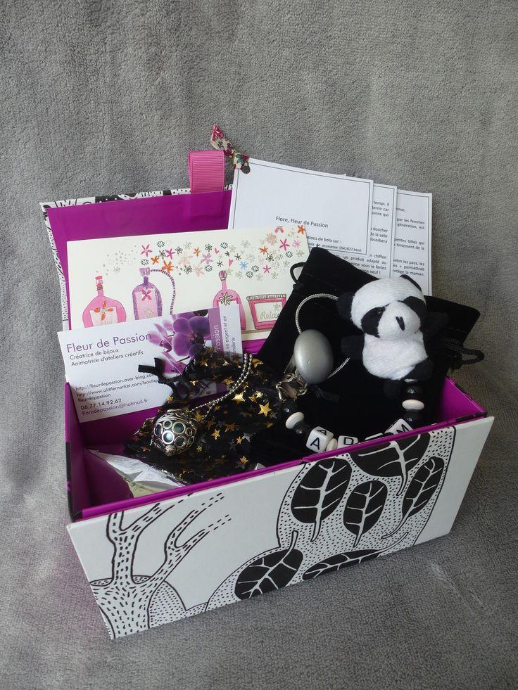 coffret cadeau femme enceinte bola de grossesse attache t tine cordon en cuir. Black Bedroom Furniture Sets. Home Design Ideas