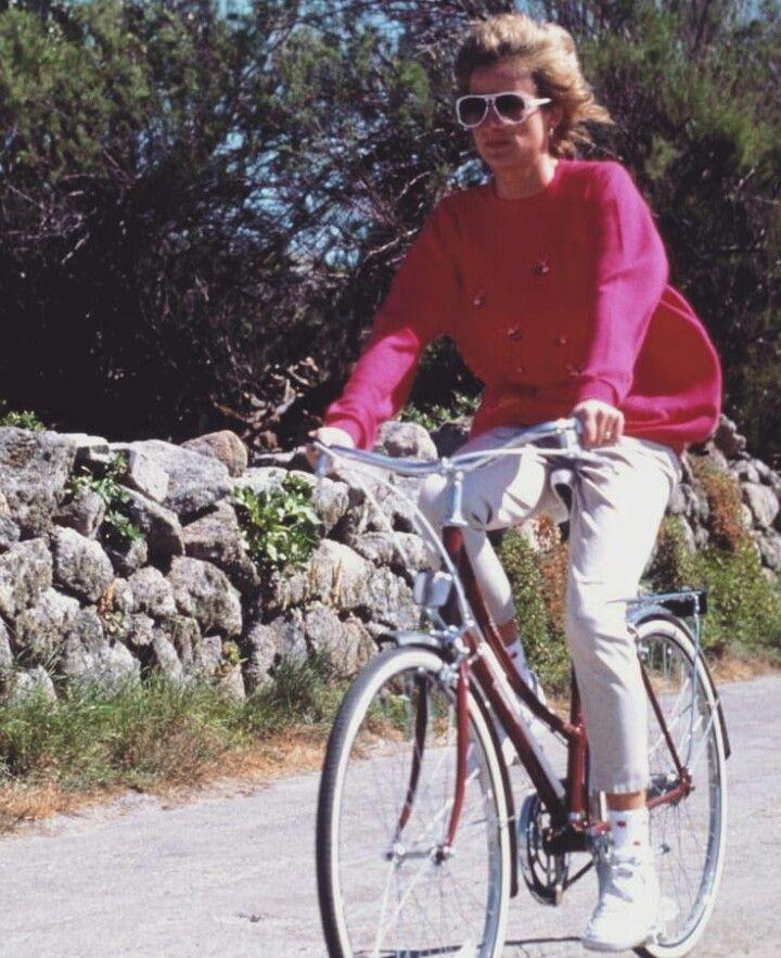 Pin Von Jurgen Stauffer Auf Diana Princess Of Wales 16 In 2020 Prinzessin Diana Diana Britische Konigsfamilie
