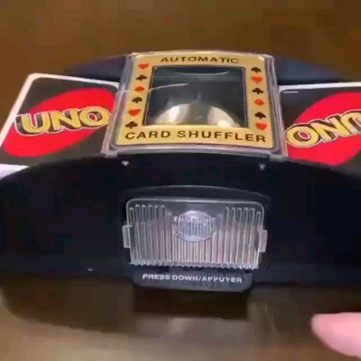 Gadget Gadgets Gadget Ze On Instagram The Uno Card Shuffler Like This Kinetic Flips Are Satisfying Kinetic Flips Are Satisfy Desk Toys Cards Toys