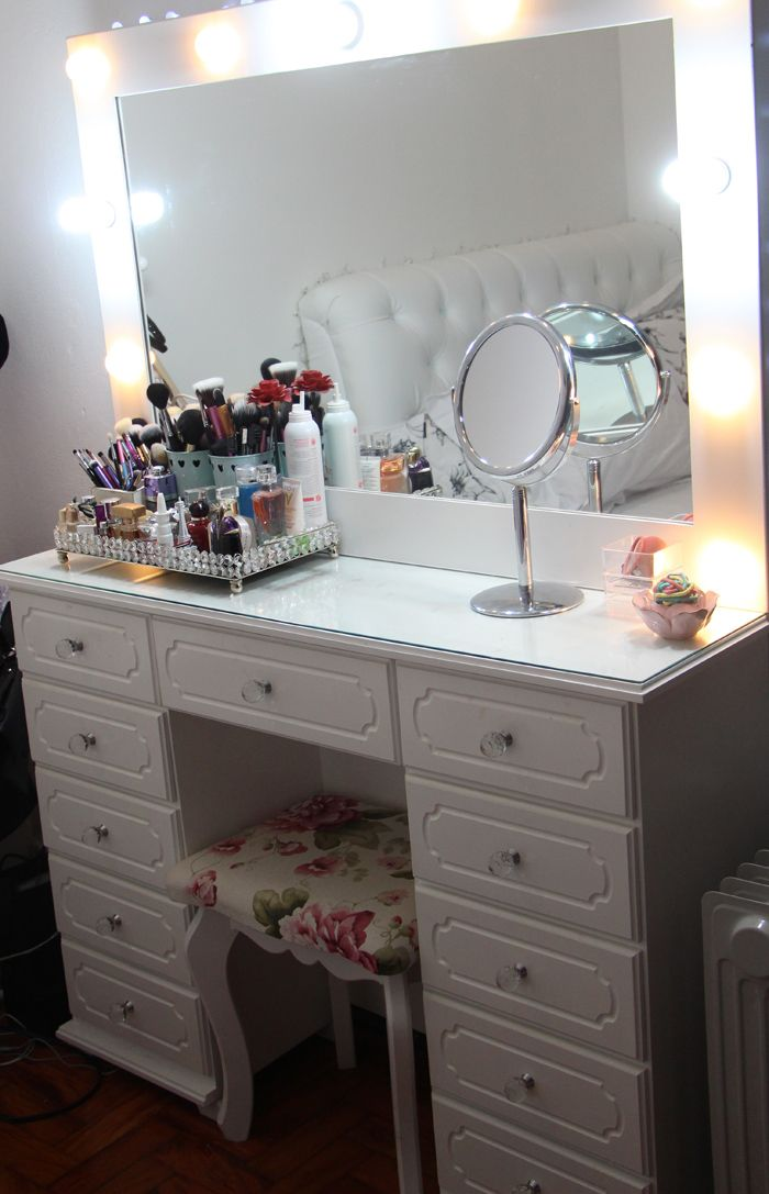 936 best images about dressing vanity table inspiration - Como decorar espacios pequenos ...