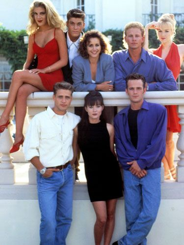 Introducing the 25 most memorable fashion moments of the '90s: Beverly Hills, 90210 (1990)