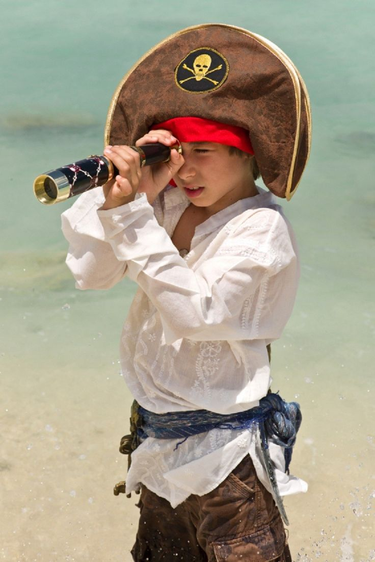{Host an Adventure Day} Spring Break is almost here - create a fun day at home -- Island Day, Pirate Day, Garden Day and Art Day ideas!