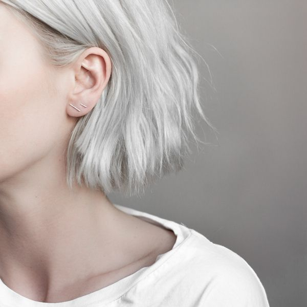 Basics are the foundation of the minimalist wardrobe, they just always work. This is how the Uneven line earrings are best described, simple to style and effortlessly blending into your wardrobe and e
