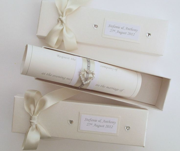 Favorable Wedding Invitations, Simple and Luxury Design