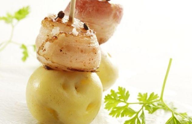 Saté van aardappel, coquille en spek